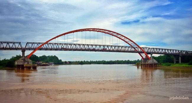 Jembatan Kahayan Palangka Raya