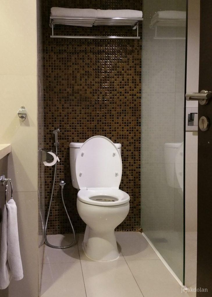 Toilet ASton