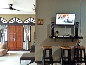 TV Yang Bisa Ditonton Bersama di Ruang Makan