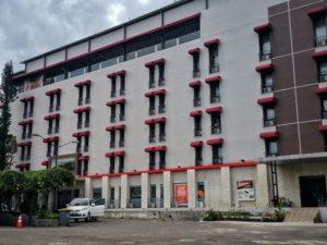 Area Parkir Meotel Purwokerto