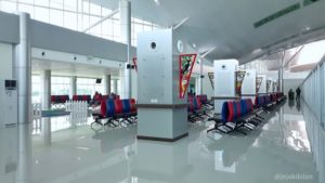 Ornamen Dayak di Bandara Tjilik Riwut