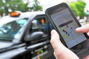taksi online - pilihan transportasi menuju pusat kota semarang dari bandara
