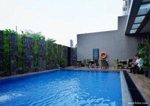 Fasilitas KOlam Renang Pesonna Hotel Semarang