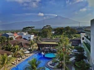Pemandangan dari Area Rooftop Java Heritage