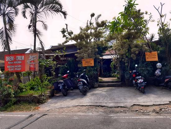 Warung Orem-Orem Arema Malang