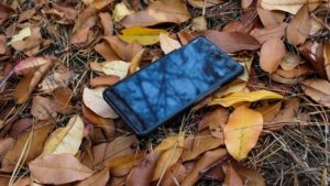 tips mengamankan foto di ponsel