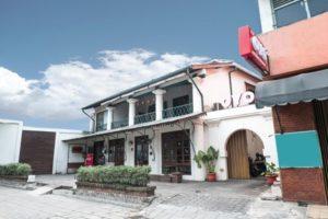 Achterhuis Guesthouse - Penginapan di Kota Lama Semarang