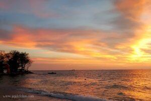 Senja di Pulau Lae-Lae, Makassar, Sulawesi Selatan